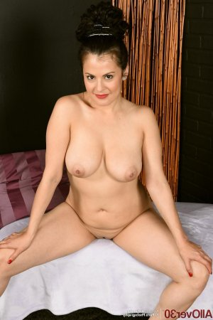 Sofi adult live escorts Granger, IN