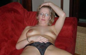 Annelle escorts Purcellville, VA